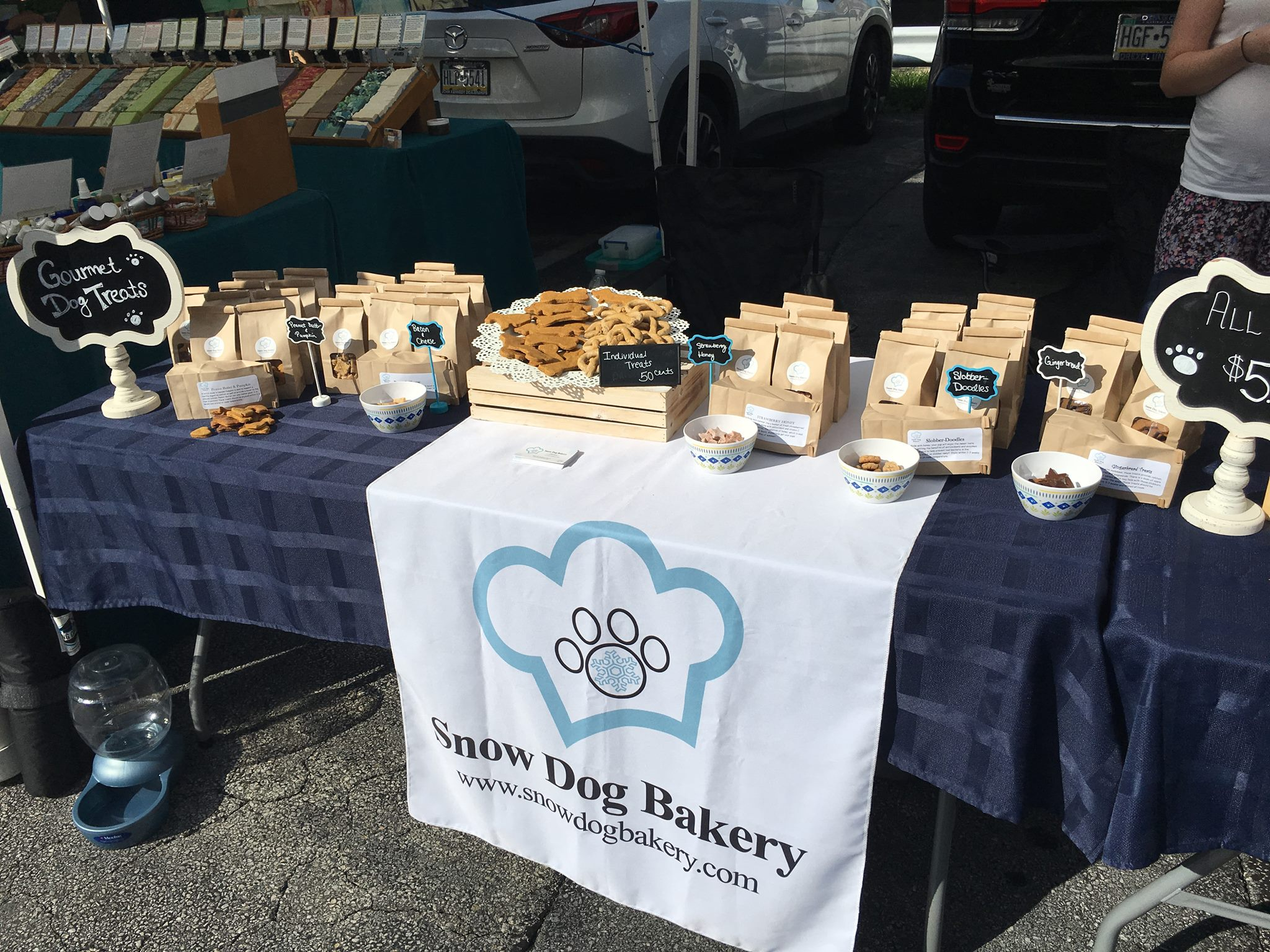 Farmer's Market - Dog Bakery